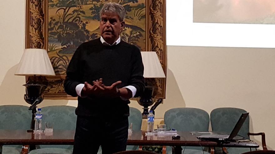 Juan Cruz Sepúlveda, en la Casa Salazar de Santa Cruz de La Palma, en la presentación de su libro 'El volcán del turismo. Orígenes de la transformación de Lanzarote',