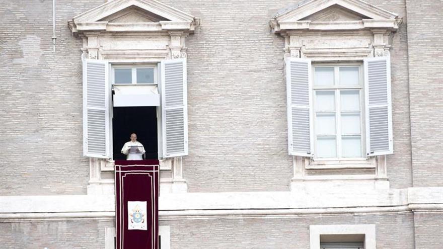 """El papa critica la autoridad """"opresiva, que crea desconfianza y hostilidad"""""""