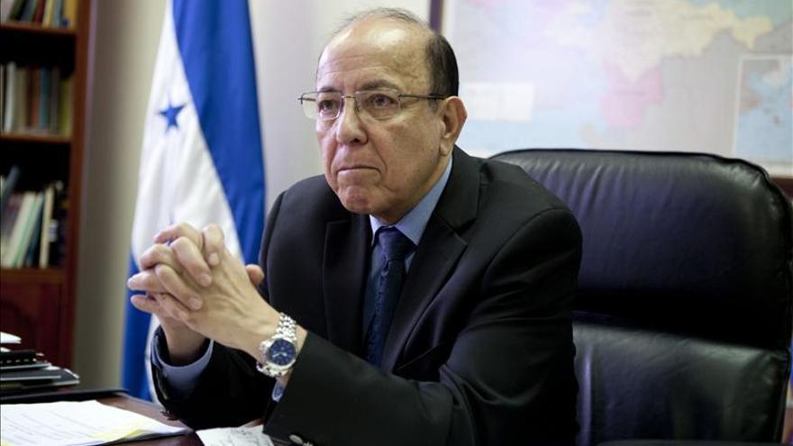 """Ombudsman dice EE.UU. deportaría de manera """"expedita"""" a los menores hondureños"""