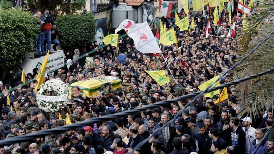Multitudinaria despedida para el dirigente de Hizbulá asesinado en Siria