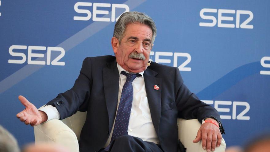Revilla durante su participación en el Foro Electoral de la SER celebrado en el Hotel Real. | JAVIER ROSENDO