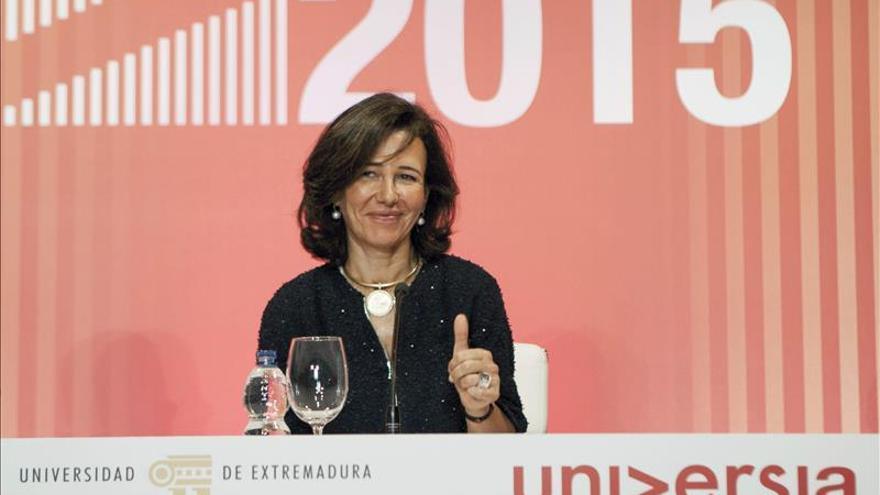 Ana Botín cumple un año al frente del Santander con estilo propio