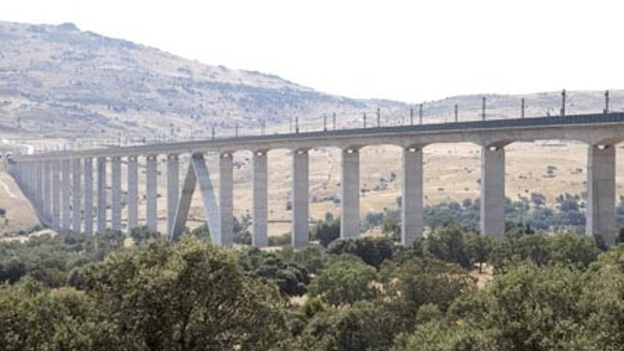 Cada kilómetro de la red AVE costó unos 18 millones de euros