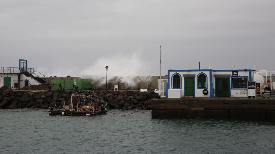 Mal tiempo en el Puerto de Mogán. (ALEJANDRO RAMOS)