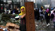 Imagen de un manifestante en Ecuador.