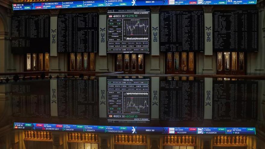 El principal indicador de la Bolsa española, el IBEX 35, este lunes.