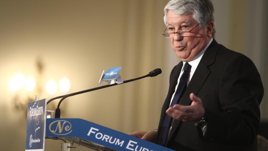 (Amp) Fernández asegura que Díaz Ferrán no le ha pedido dinero y que su detención no daña la imagen de la CEOE