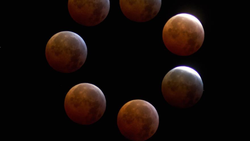 La imagen es una composición de siete lunas, desde la fase total hasta un poco después de la salida de la totalidad, explica su autor, José F. Arozena.