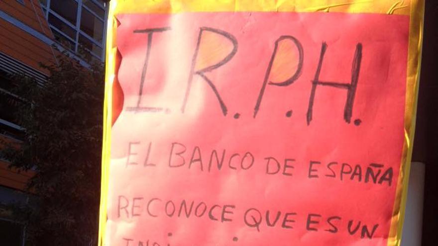 Concentración convocada por la PAH contra las hipotecas IRPH