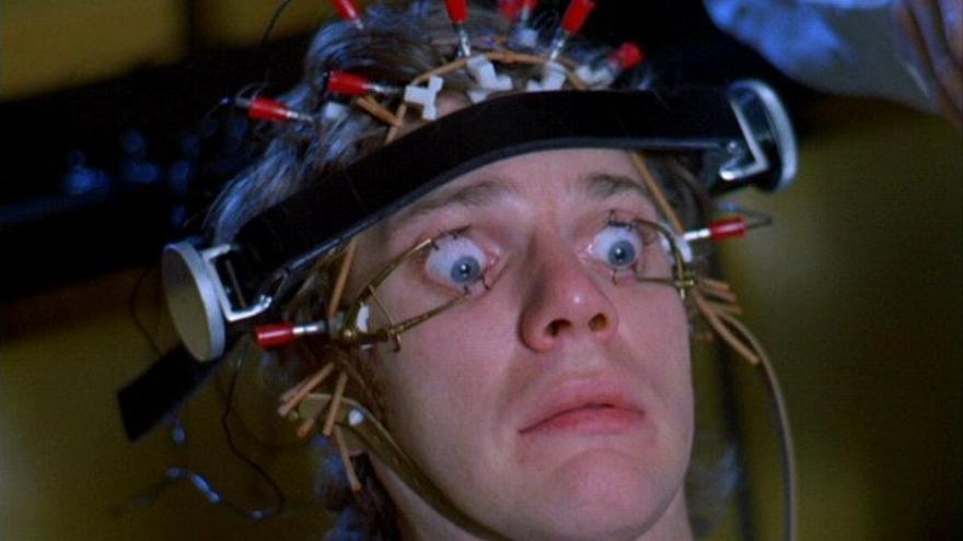 En La naranja mecánica (1971), Stanley Kubrick denunciaba con sarcasmo las técnicas de condicionamiento clásico o pavloviano