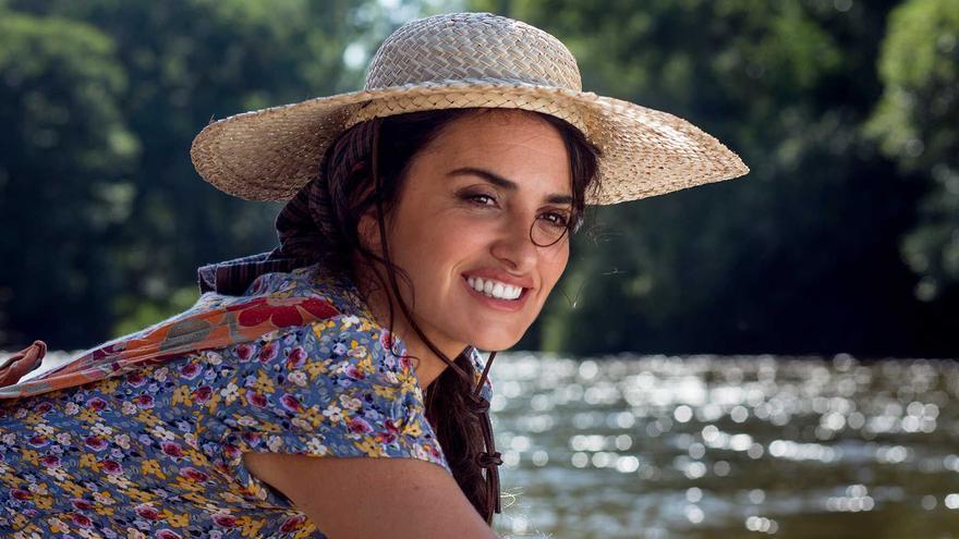 Penélope Cruz en el río