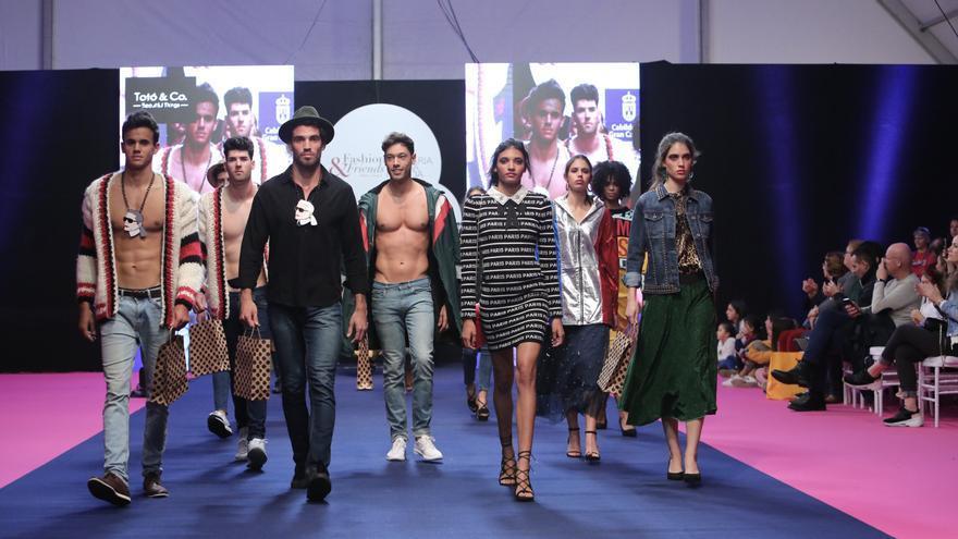 Desfiles en la segunda jornada de Moda & Amigos