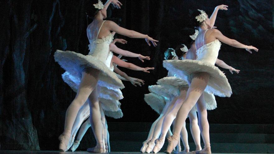 """El Ballet Nacional de Cuba trae """"El Lago de los Cisnes"""" al Palacio Euskalduna de Bilbao el 10 de octubre"""