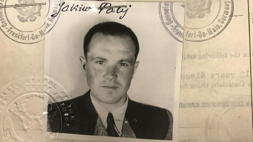Foto de 1949 del visado concedido por EEUU a Jakiw Palij. Imagen proporcionada por el Departamento de Justicia.