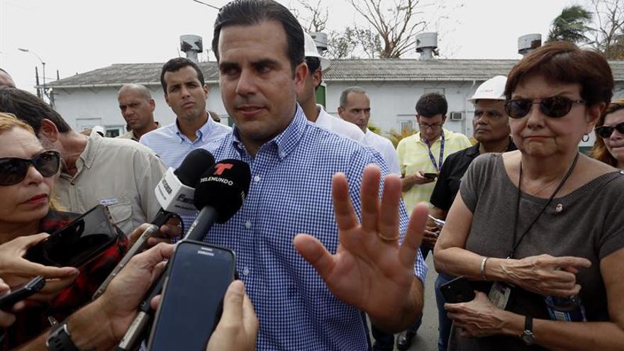 Puerto Rico suspende la ley seca y reduce el horario del toque de queda