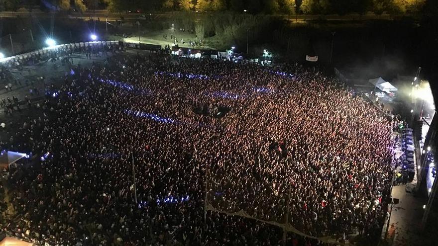 Vista del concert realitzat amb motiu de l'aniversari dels 15 anys del Centre Social Terra