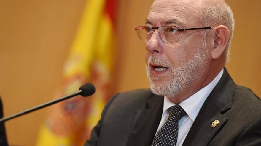 Maza dice que quien participe en mesas de referéndum catalán puede delinquir