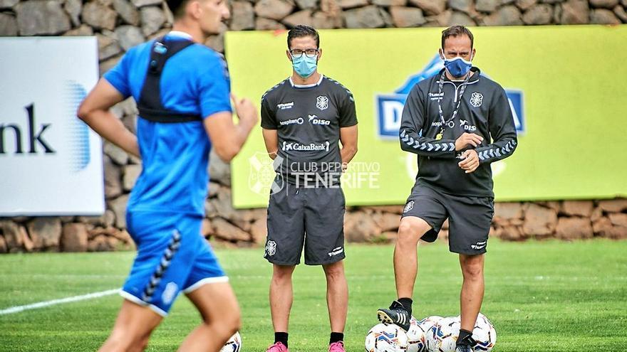 """Fran Fernández: """"Estamos cometiendo el error de querer hacer gol sin tener el balón"""""""