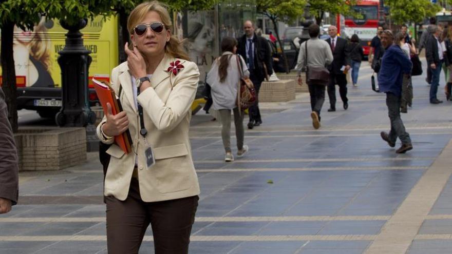 La infanta Cristina tiene previsto bajar en coche la rampa del juzgado