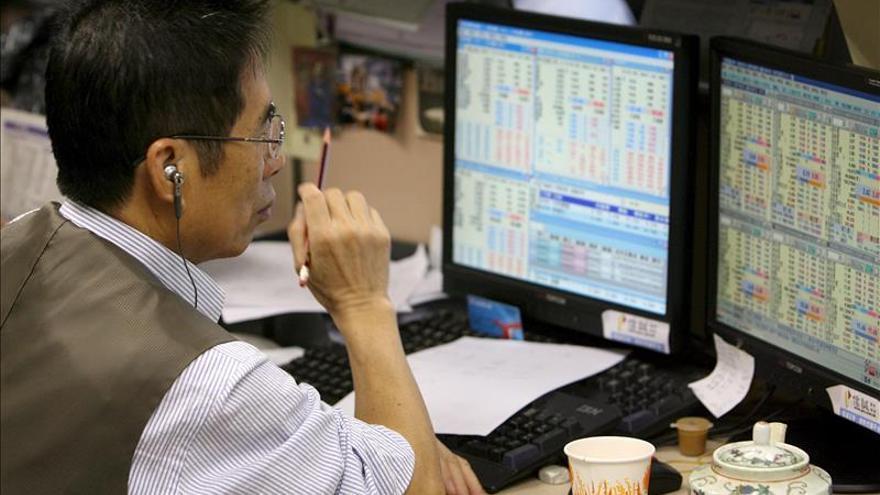 La Bolsa de Hong Kong abre con subidas del 0,62 %