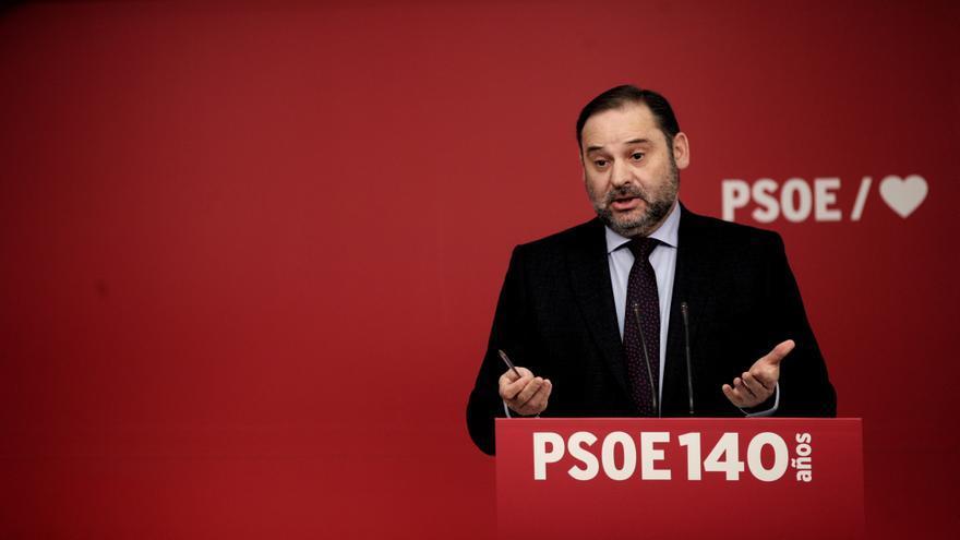 Archivo - El ministro de Fomento en funciones, José Luis Ábalos