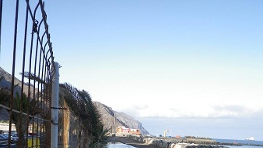 Efectos del oleaje sobre la escollera de San Andrés. (CANARIAS AHORA)