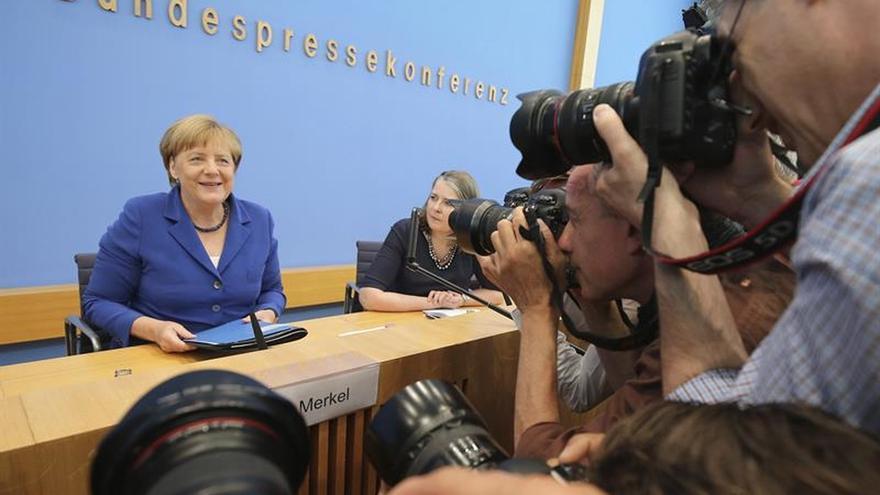 """Merkel dice que no está """"agotada"""" y deja abierta posible candidatura en 2017"""