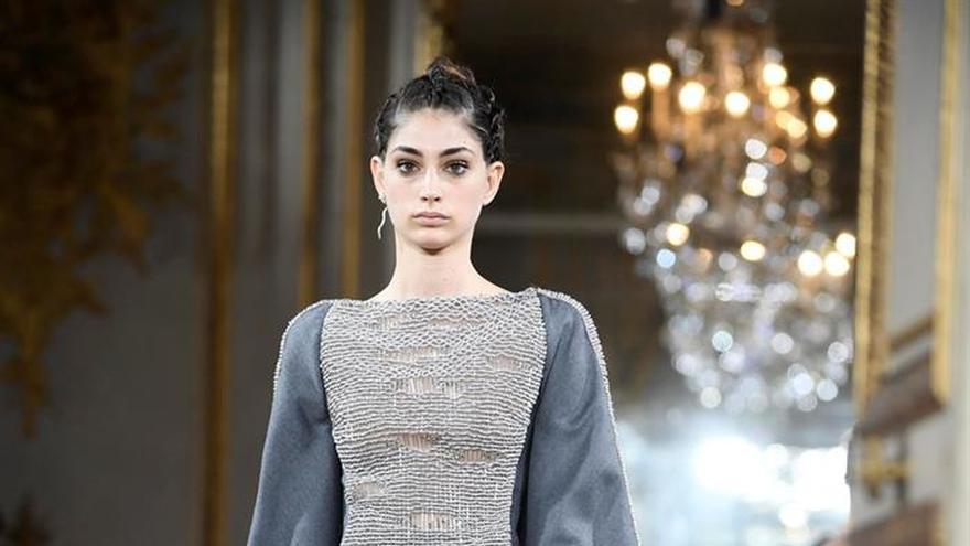La fantasía nórdica de Antonio Grimaldi en la Alta Costura de París