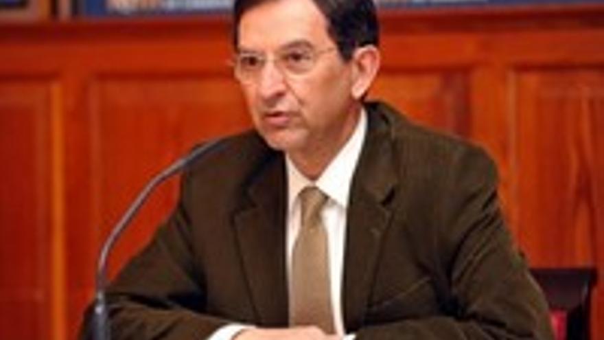 Antonio Castro Cordobez, presidente del Parlamento.