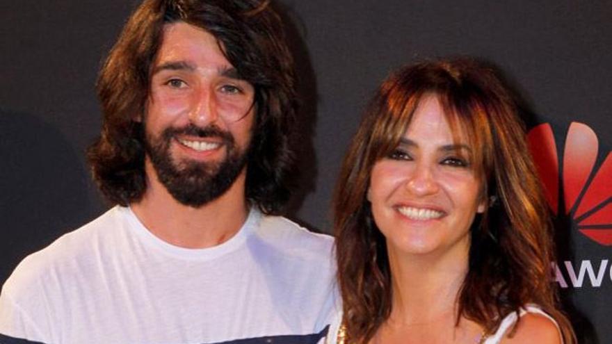 La actriz Melani Olivares publica la primera foto de su boda 'hippie-chic'