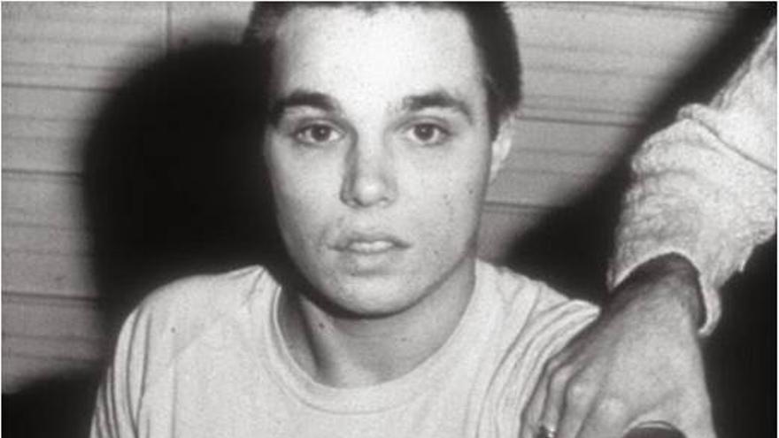Chris Burden: Shoot, 1974
