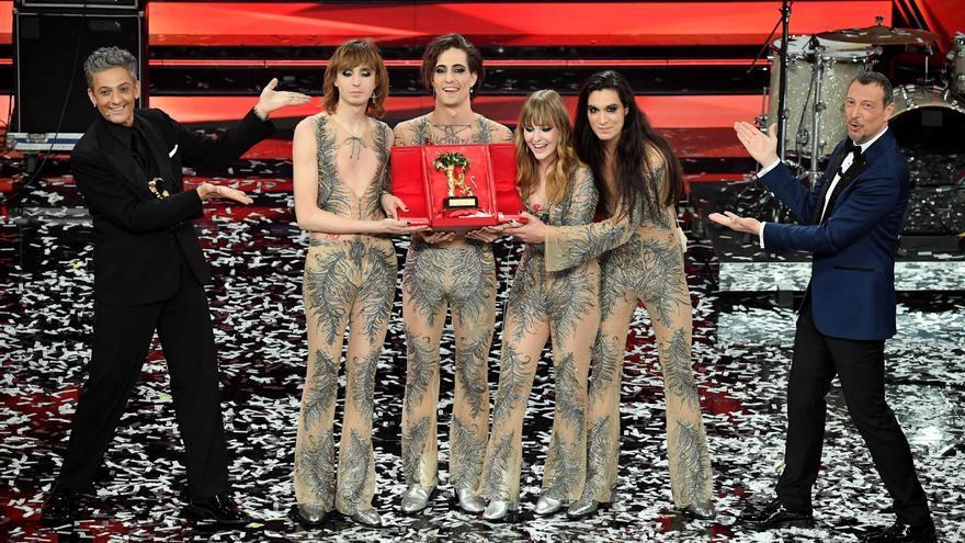 """El rock de los """"Maneskin"""" conquista un Sanremo inédito por la pandemia"""