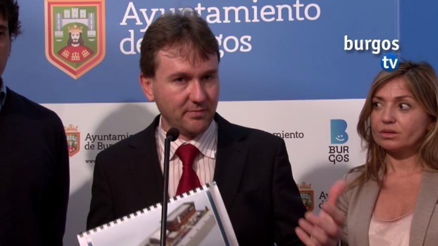 Javier Lacalle en la rueda de prensa en la que ha anunciado la apertura de un Mc Donalds / Burgos TV