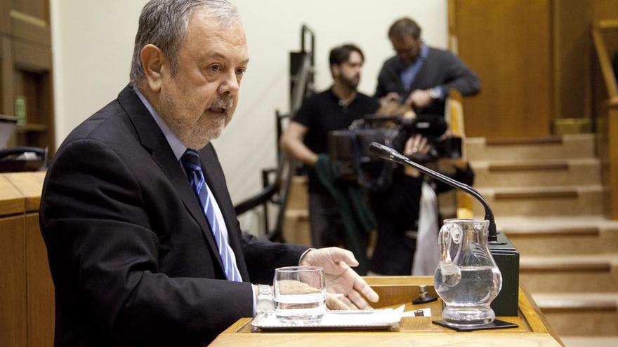 """Azpiazu cree que el PP """"no avanza por el buen camino"""" en la relación con PNV y """"tiene que poner más por su parte"""""""