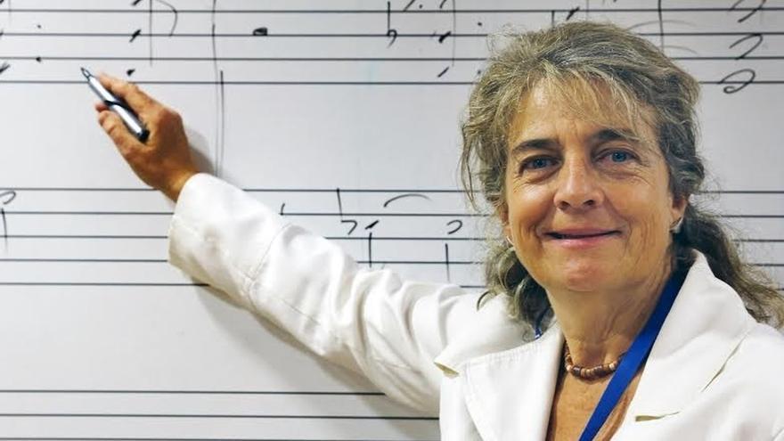 """Eva Gancedo ve """"curiosa"""" la """"ignorancia"""" de los políticos que piensan que la música """"sólo crea músicos"""""""