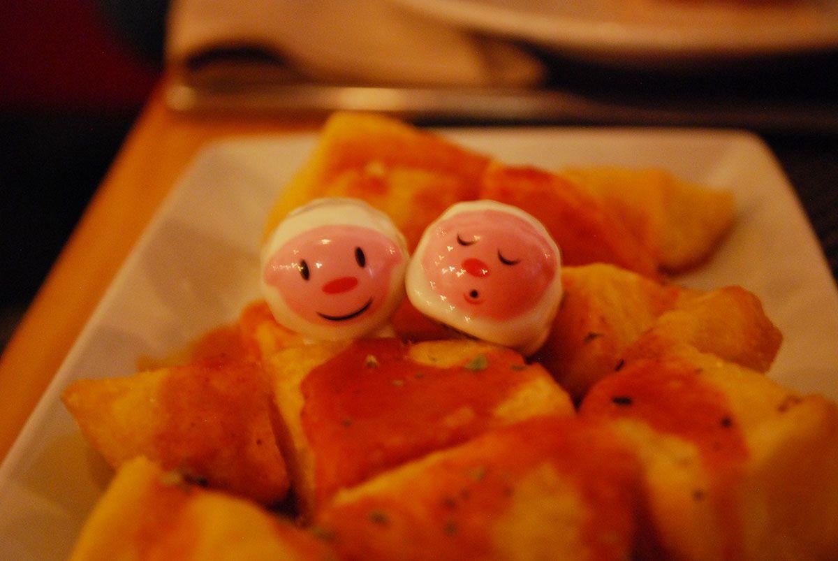 Humberts y patatas bravas_El Bistro del teatro_Malasaña a mordiscos
