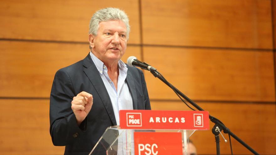 Pedro Quevedo en un mitin en Bañaderos (Arucas)
