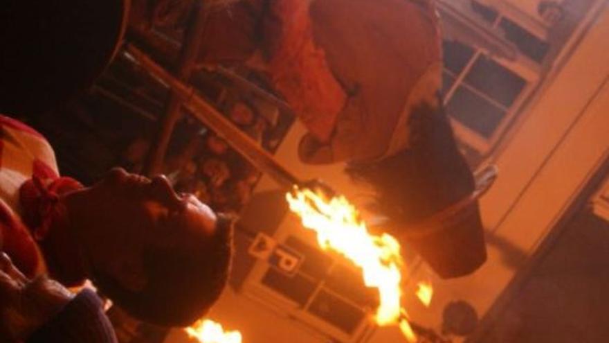 Cada 5 de noviembre en Reino Unido se conmemora el fallo de la conspiración quemando a un Fawkes de muñeco