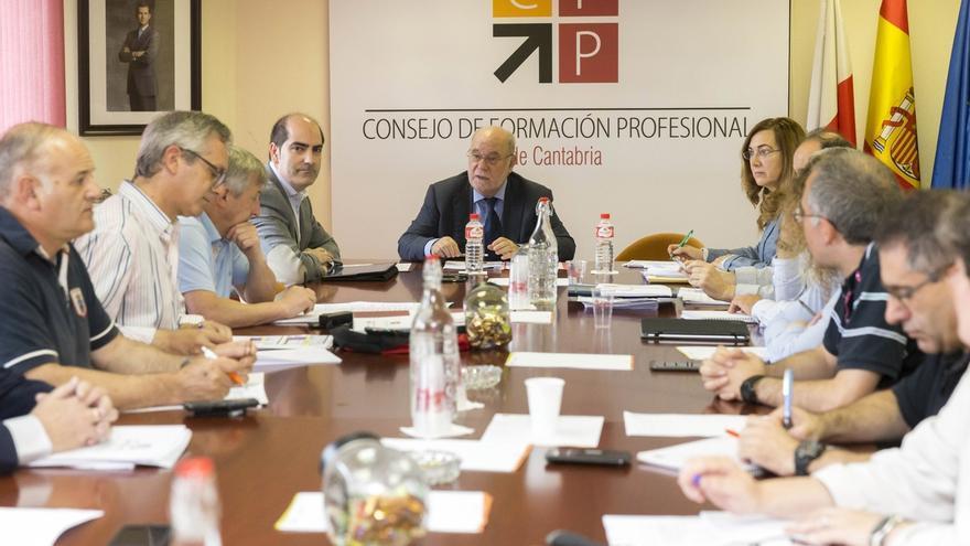 El III Plan de Cualificaciones y de Formación Profesional 2017-2020 contará con una dotación de 28,5 millones