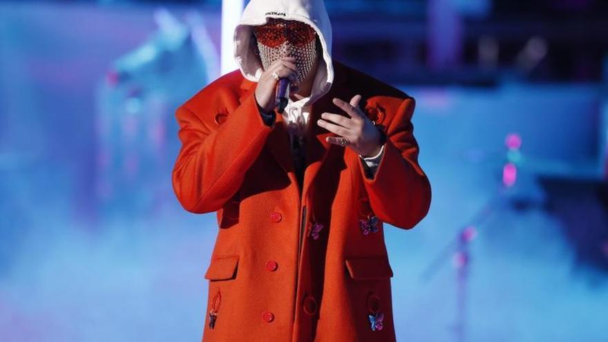 Bad Bunny genera un aluvión de criticas por la letra en la que menciona a Lady Gaga