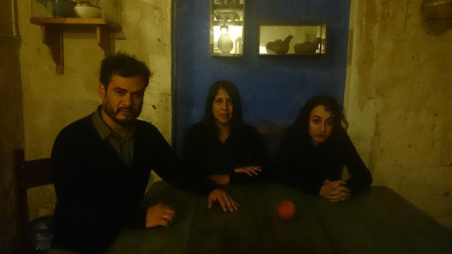 Jaime, Gabriela y Rocío, protagonistas de 'Qué locura enamorarme yo de ti'.