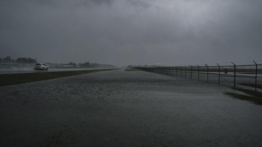 Luisiana de nuevo entre escombros y destrozos tras el paso del huracán Delta