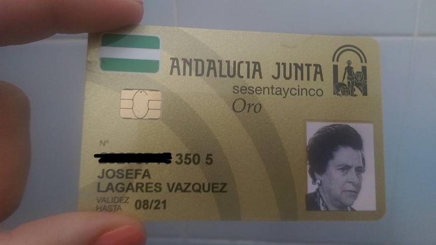 La tarjeta de la vecina de La Palma del Condado, recibida esta semana.