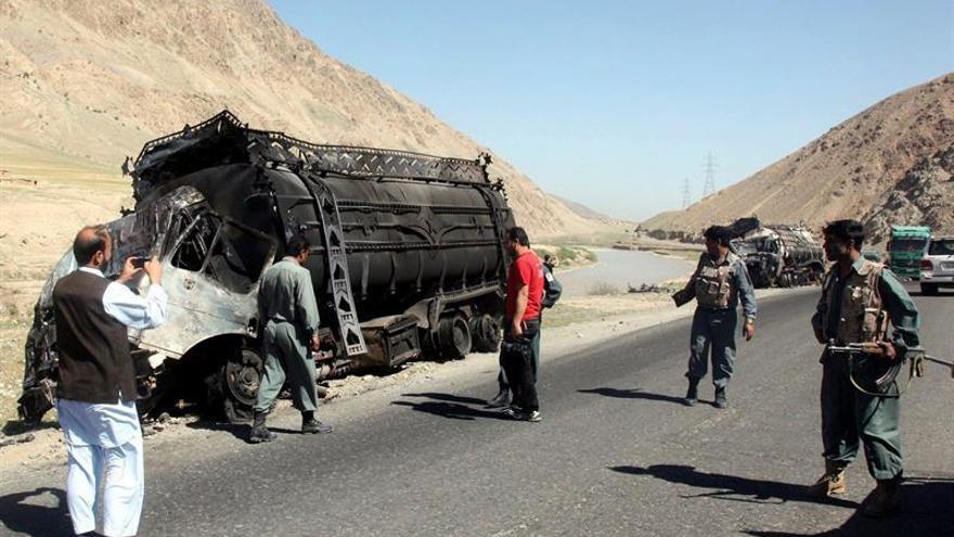 Los talibanes secuestran varios camiones de alimentos de la ONU en Afganistán