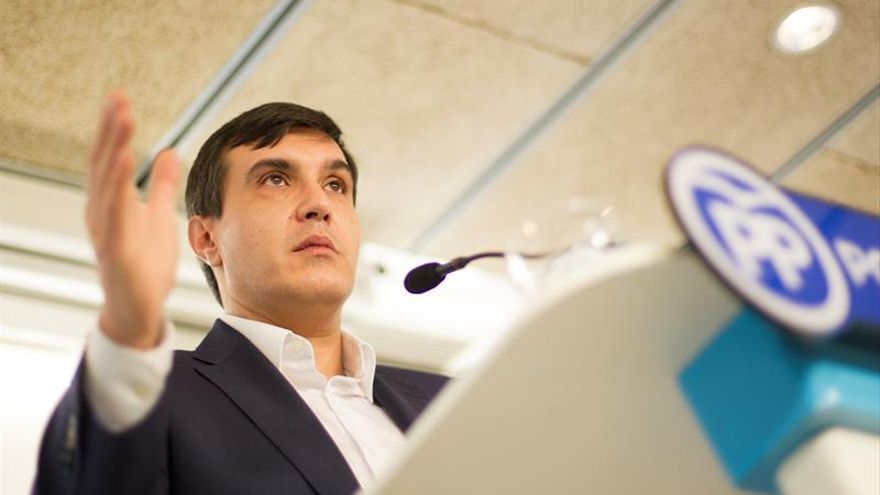 El secretario de Estado de Relaciones con las Cortes, José Luis Ayllón, en una imagen de archivo / EFE