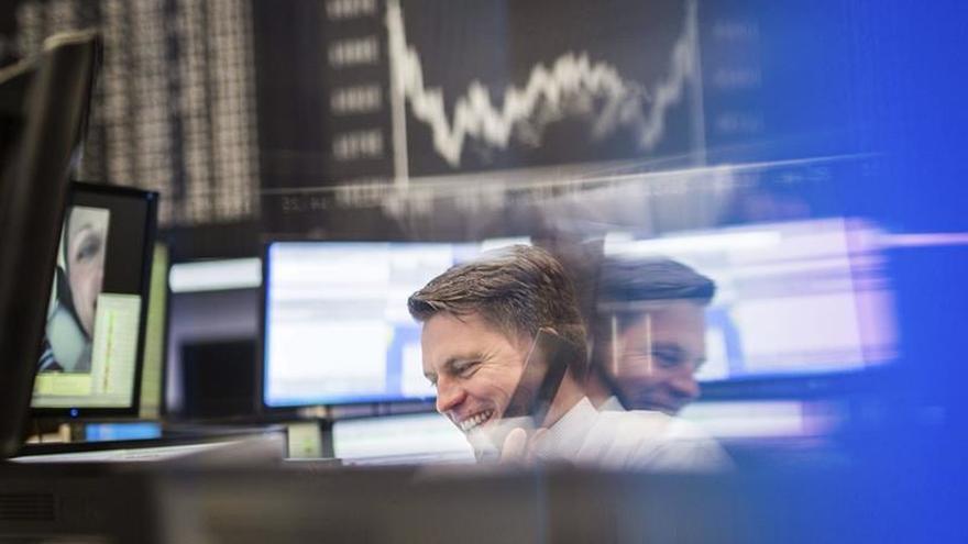 El DAX 30 alemán sube un 0,68 % en la apertura