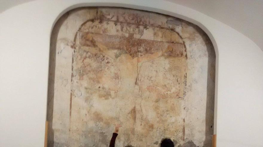El Cristo de La Portería es una pintura mural del siglo XVI.