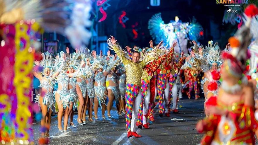 Cabalgata anunciadora del Carnaval de la capital tinerfeña
