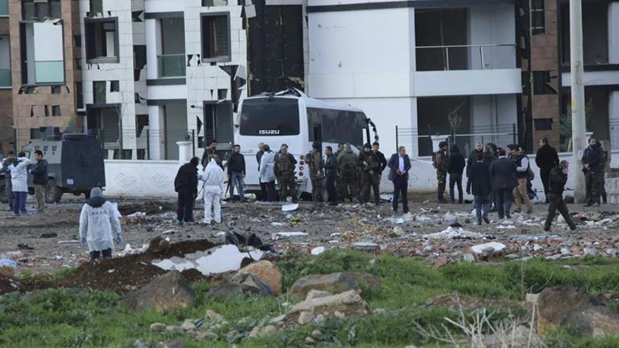 Cinco muertos en choques entre la guerrilla kurda y la Policía turca