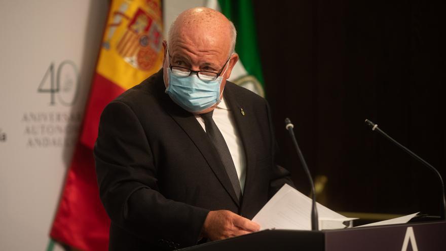 El consejero de Salud y Familias, Jesús Aguirre, en una foto de archivo.